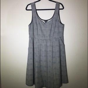 Torrid Houndstooth Plaid Knit Dress w/ pockets 2x